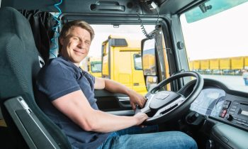 How To Find Trucking Jobs Easily
